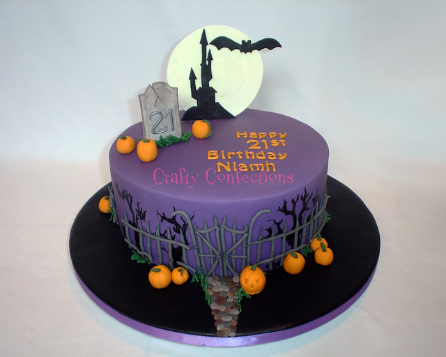 Cake Decorating Halloween Theme : Halloween themed 21st cake Flickr - Photo Sharing!