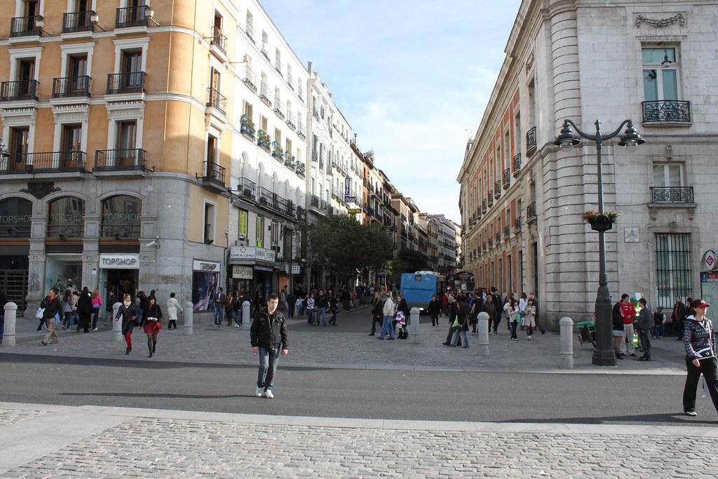 Calle de las carretas madrid puerta del sol tomas for Calle sol madrid