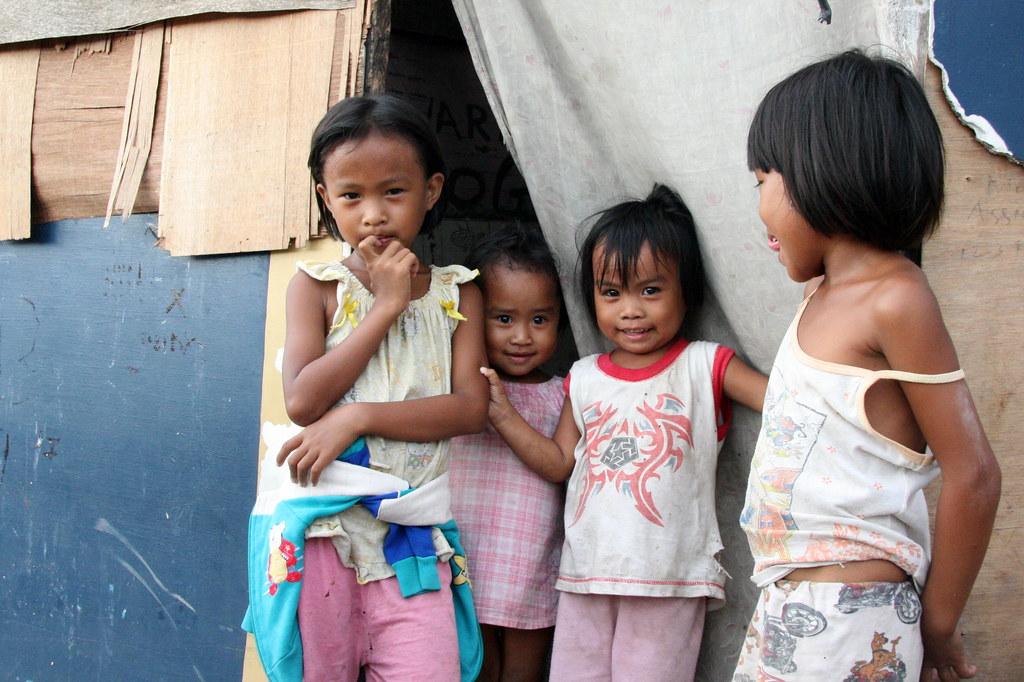 Brazil Slum Girl Selling - Bobs and Vagene