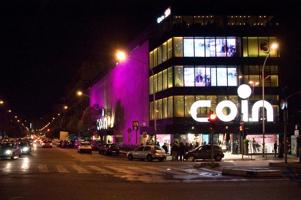 Il negozio coin di roma piazzale appio l 39 esterno del for Coin arredamento