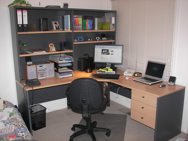 Bon ... My Home Office (early Dec 2009) | By Aktiv Phil