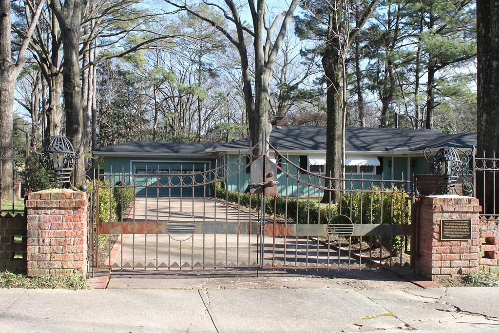 1034 Audubon Drive Gates When Elvis First Achieved