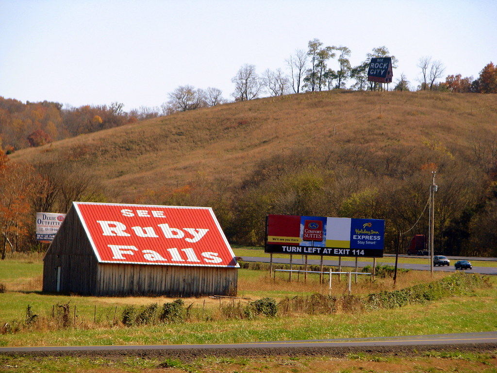 See Ruby Falls Barn With Rock City Billboard Along
