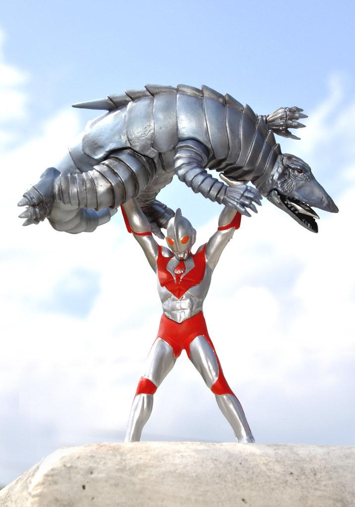 Ultraman Powered vs. Telesdon | Ultraman: The Ultimate ...