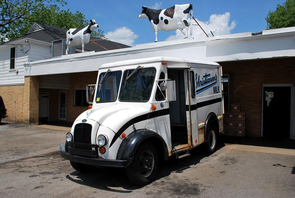 Divco Milk Truck Christiansen S Dairy Located On Us