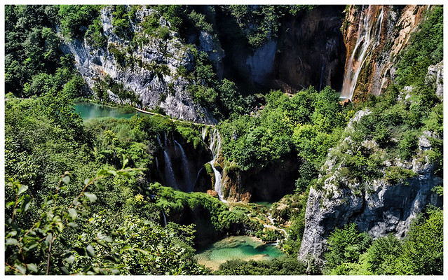 Plitvice Lakes by CC user croacia_ on Flickr