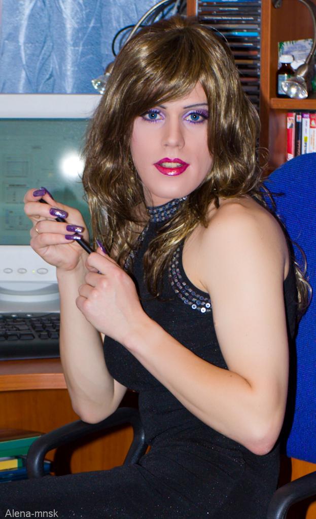 Veronika simon high heels
