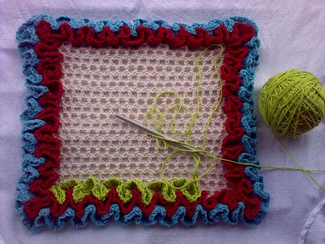Wiggly crochet - My first trial | Well, I wanted to try this… | Flickr