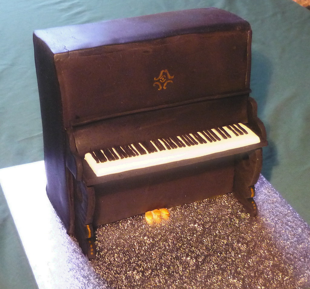"Piano Cake | 8"" fruit cake made for the father of a relative ..."