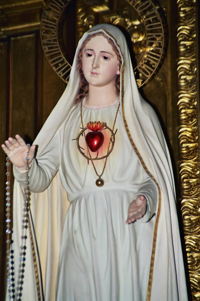 statue of immaculate heart of mary the call to fatima