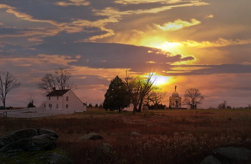 Sunset over the Hummelbaugh Farm, Gettysburg, Pennsylvania | by TheGreenHeron