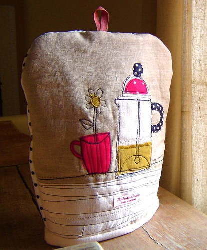 spotty cafetiere cosy | by vintagetown