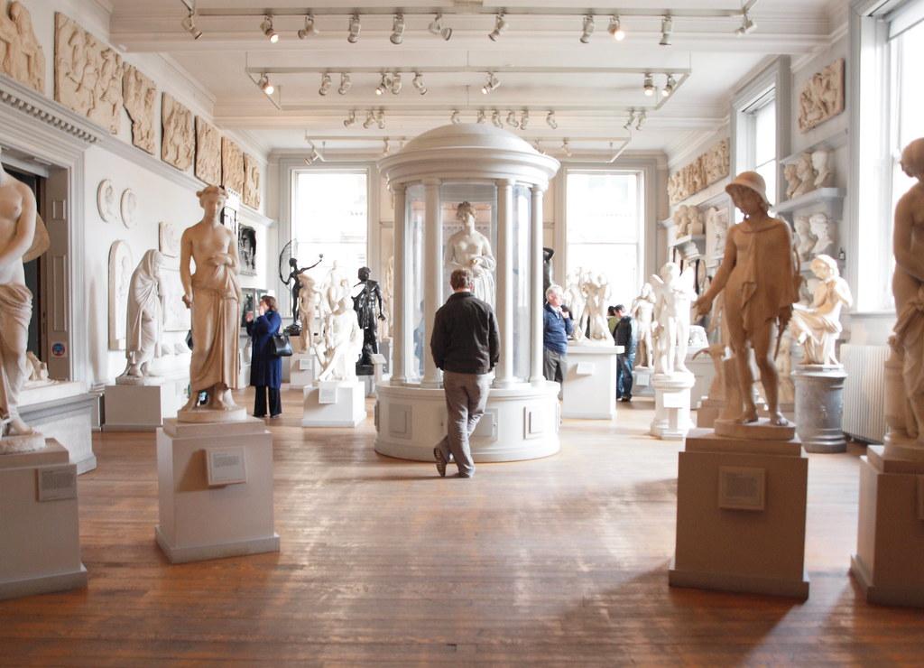 White Room Gallery Bridgehampton