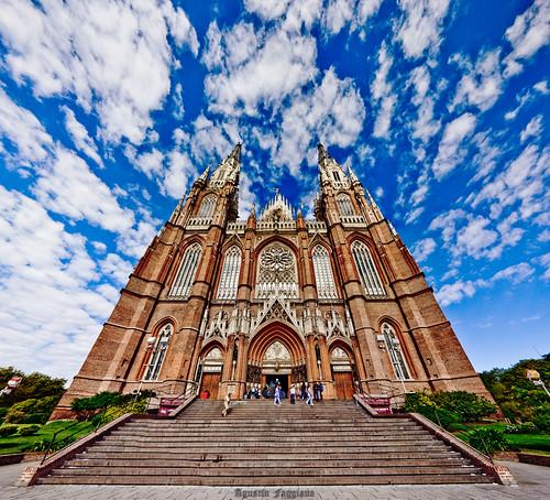 Catedral De La Plata Nikon D90 Tokina 12 24 Varias