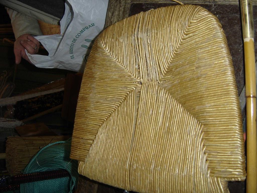 Silla a reparar reparaci n de sillas de rejilla anea y - Esparteria juan sanchez ...