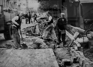 Building Bike Lanes in the 1930's | by Mikael Colville-Andersen