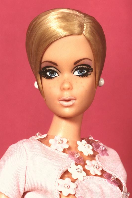Twiggy Repro Tnt Barbie Transformed Into 60 S Fashion