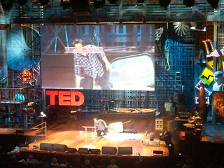 Jamie Oliver showing how much sugar kids eat during high school ted | by loiclemeur