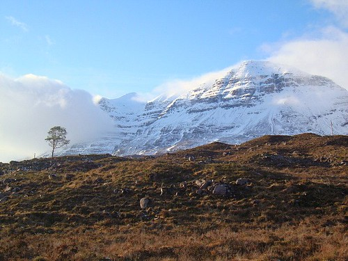 liathach | by ruby.magnay