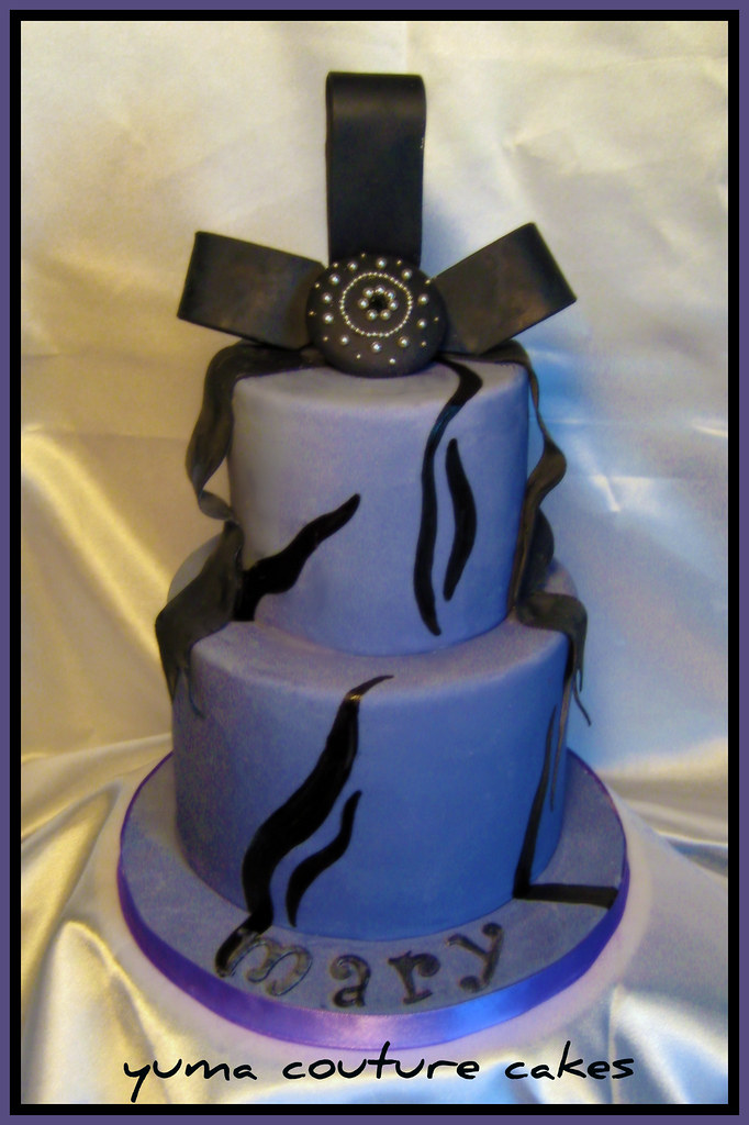 Yuma arizona wedding cake mary a take on a previous desi flickr yuma arizona wedding cake mary by yuma couture cakes junglespirit Gallery