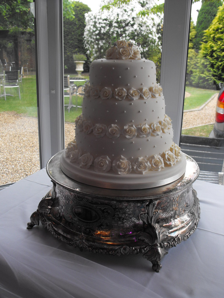 wedding cake grimsby wedding cakes grimsby shimmering wedding cake by kc 22784