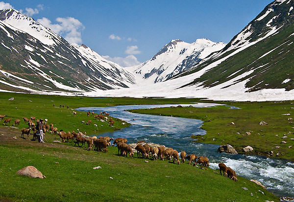 Essay on a visit to kaghan valley