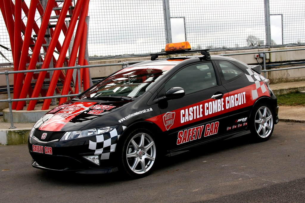 Honda Civic Type R Safety Car 2009 Castle Combe