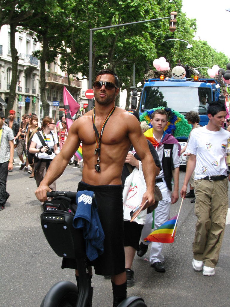 lyon gay rencontre à Meyzieu