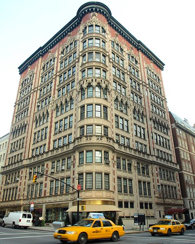 Find Apartment Nyc: Decorative Apartment Building, Upper East Side, New York C