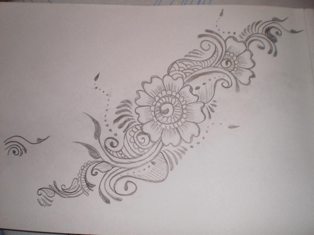Mehndi Drawing Photos : Drawing mehndi patterns aimana flickr