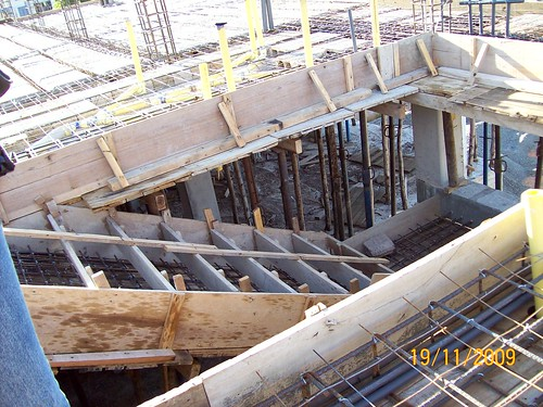 Encofrado de escalera de concreto eudis de freitas flickr for Grada escalera