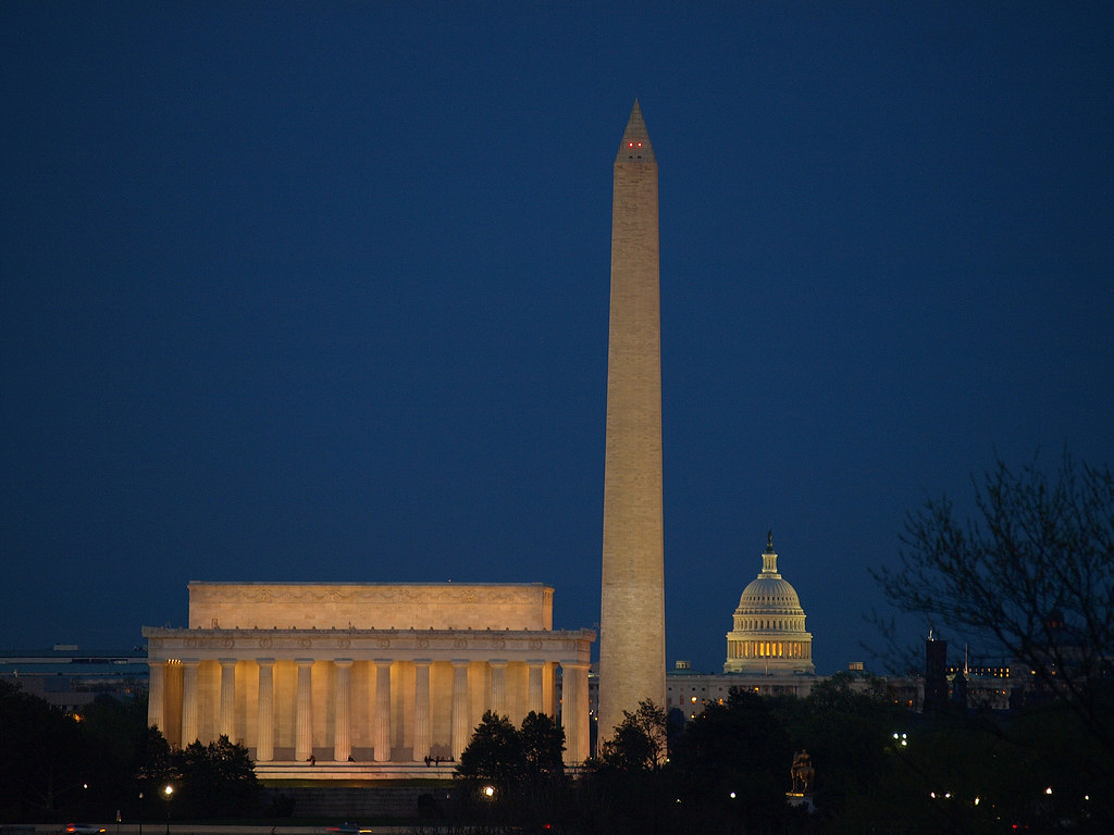 Lincoln Memorial Washington Monument Us Capitol Skyl
