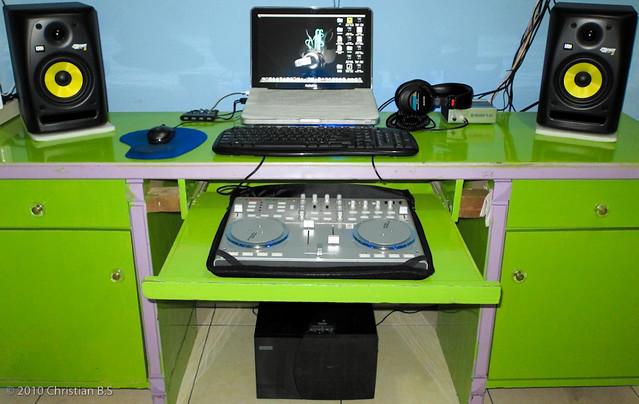 My Bedroom studio      by CBS87. My Bedroom studio      Testing my New Canon PowerShot S90       Flickr