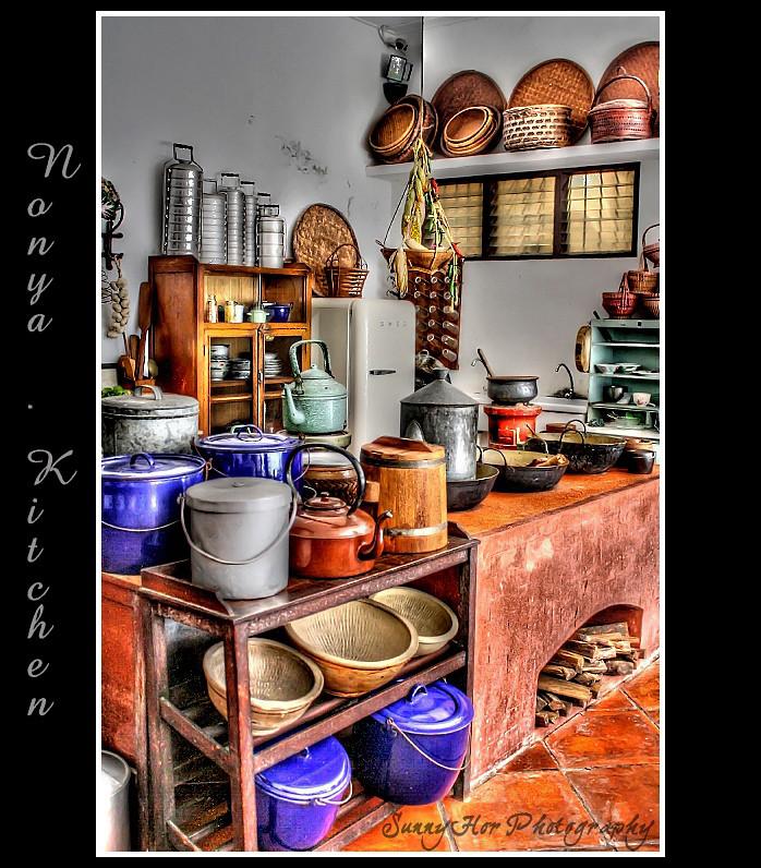 Nonya Kitchen (Peranakan) / HDR