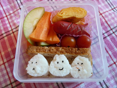 Bento for 17.06.10 | by Lyvvie