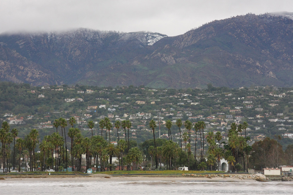Santa Barbara Mountains | Beach and Snow in Mountains | Flickr