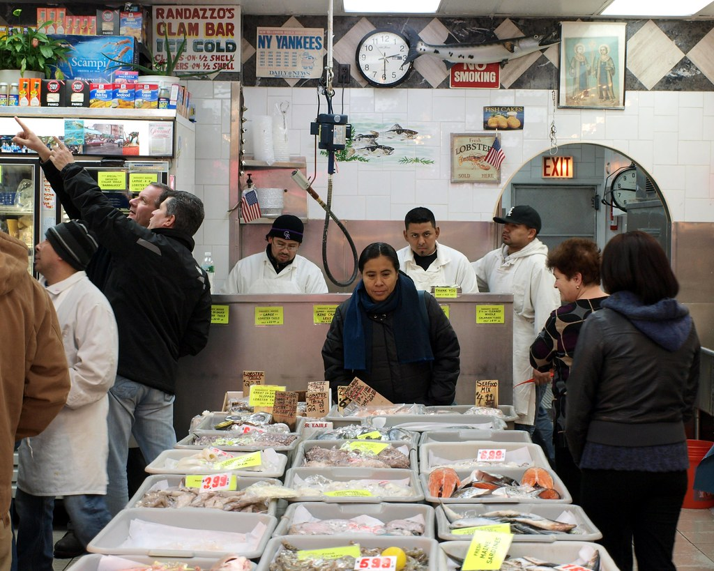 Randazzo 39 s seafood market little italy bronx new york c for Fish market bronx