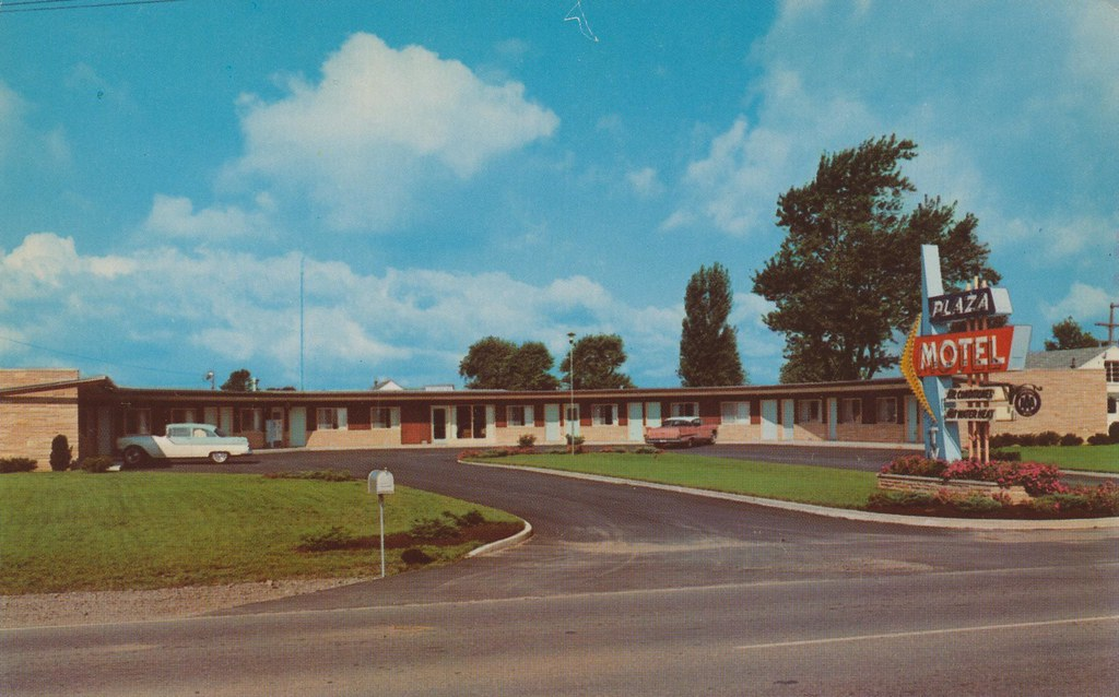 Plaza Motel - Bryan, Ohio