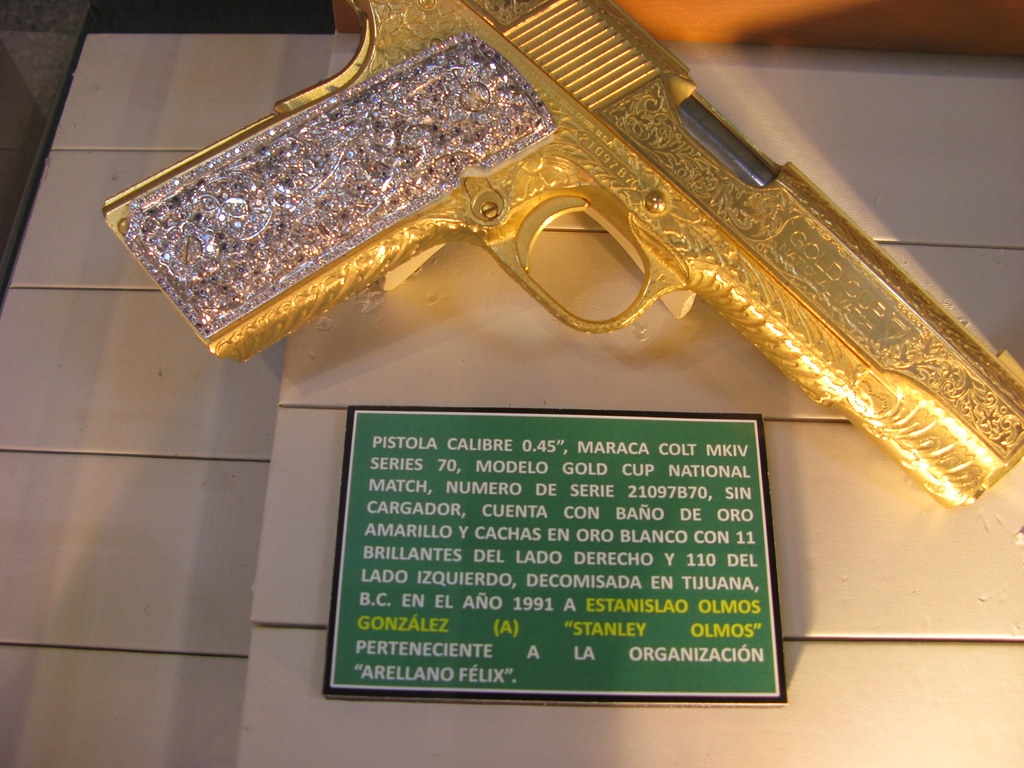 What does the drug museum in Mexico look like? 90