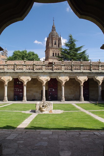 Salamanca_148  Salamanca, Patio de Escuelas Menores ...