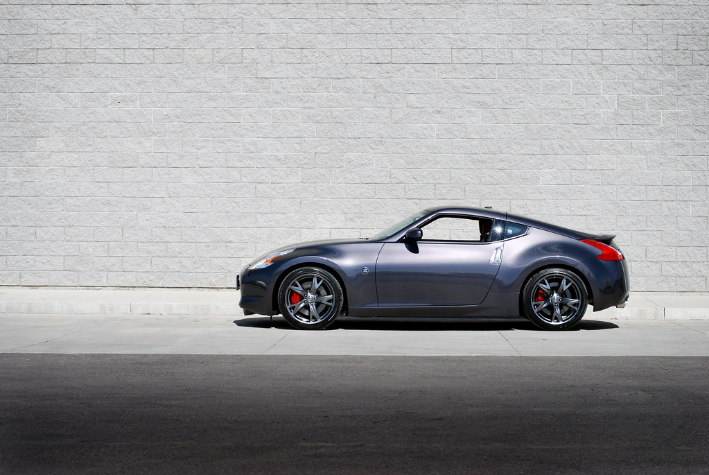 nissan 370z 40th anniversary model shot in milton. Black Bedroom Furniture Sets. Home Design Ideas