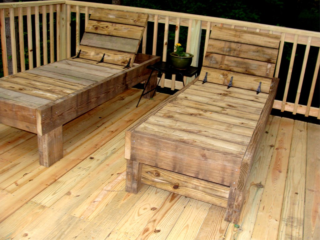 Chaise lounges my husband and i made this from scrap for Building a chaise lounge