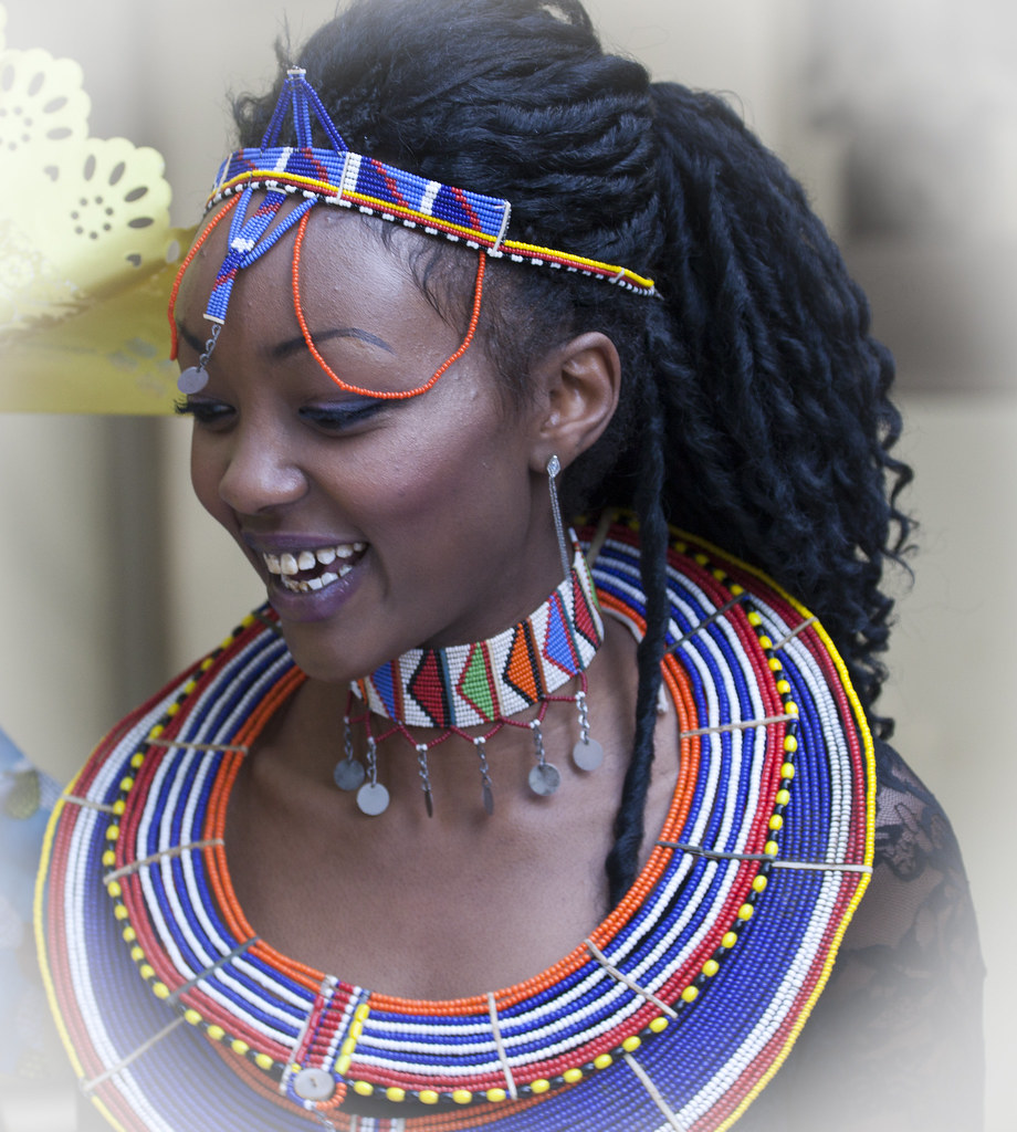 African Beauty: Africa Day 2010 - Best Dressed Female
