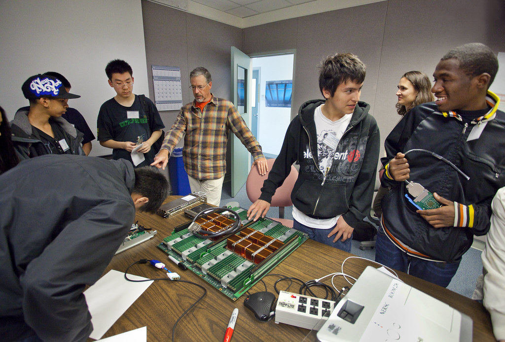 Oakland Tech Computing Students Visit To Nersc Osf Flickr
