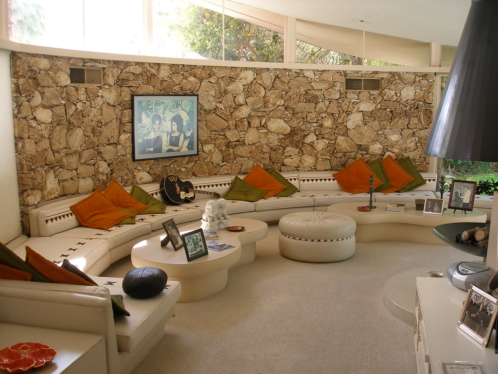 Elvis 39 Honeymoon Hideaway Sunken Living Room Scott Evanskey Flickr