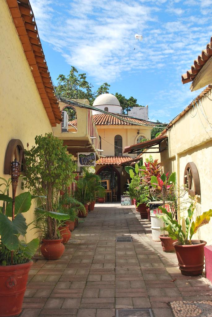Mexican Patio | likethebike | Flickr on Mexican Backyard Decor id=82770