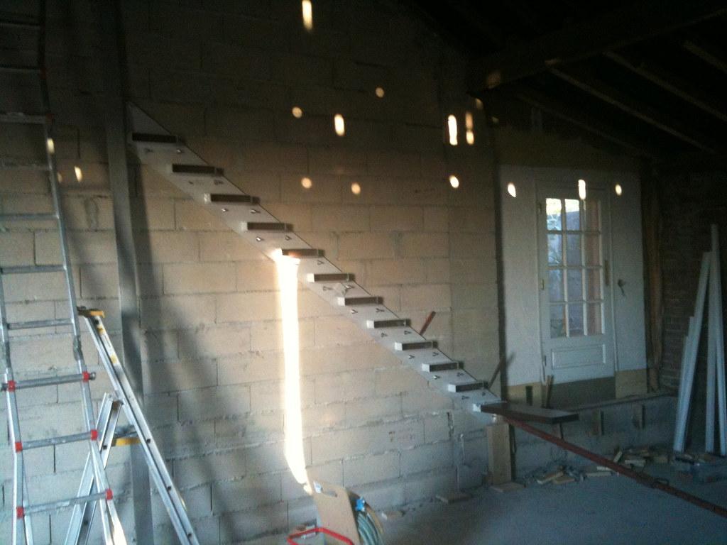 installation de l 39 escalier flottant ld photography flickr. Black Bedroom Furniture Sets. Home Design Ideas