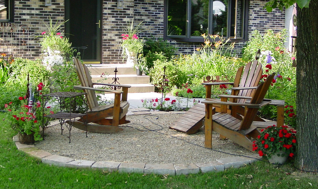 simple patio designs with fire pit