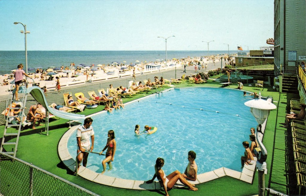 Atlantic Sands Motel - Rehoboth Beach, Delaware