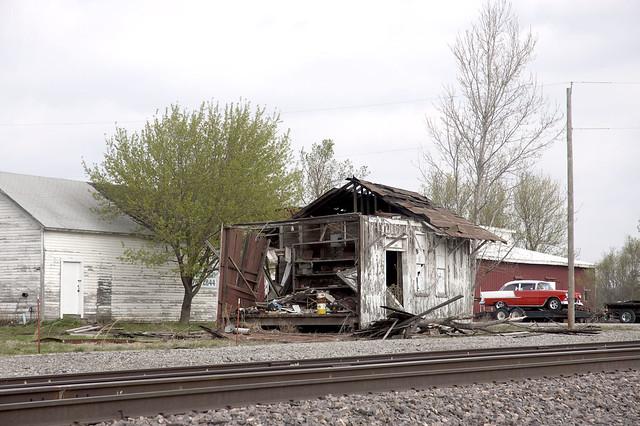 Collapsing Ex Mkt Depot Beagle Ks Ex Mkt Depot Beagle